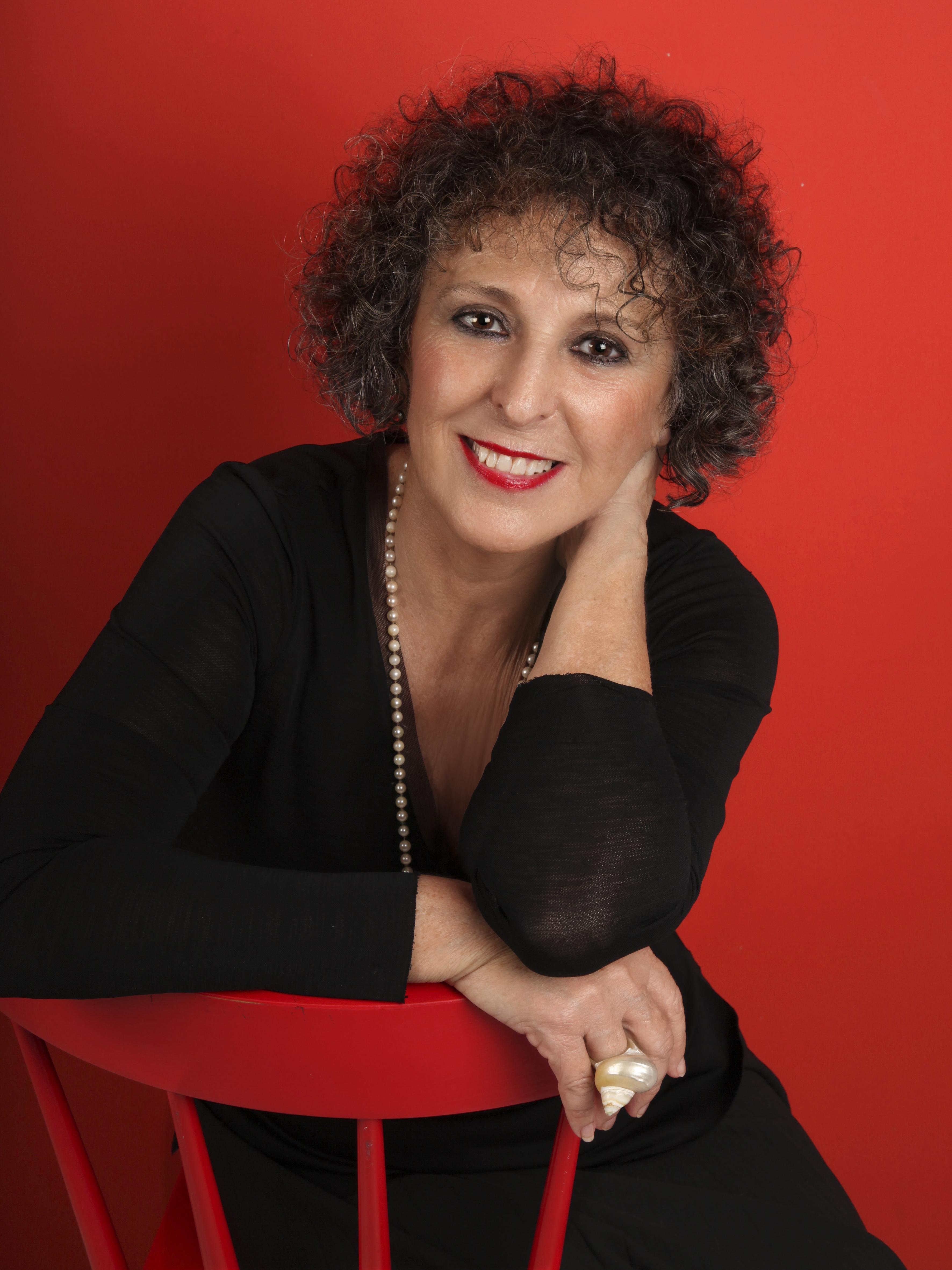 Lola Lopez Mondejar En La Ventana De La Cadena Ser Editorial
